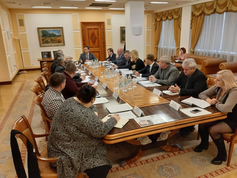 Відбулась нарада щодо співпраці Укрзалізниці та Укроборонпрому з підприємствами УТОС